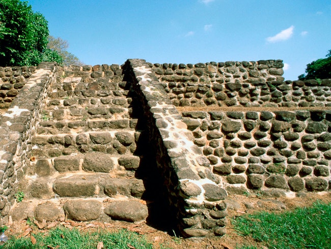 The Maya Site of Izapa