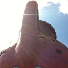 The World's Largest Teapot Hotel
