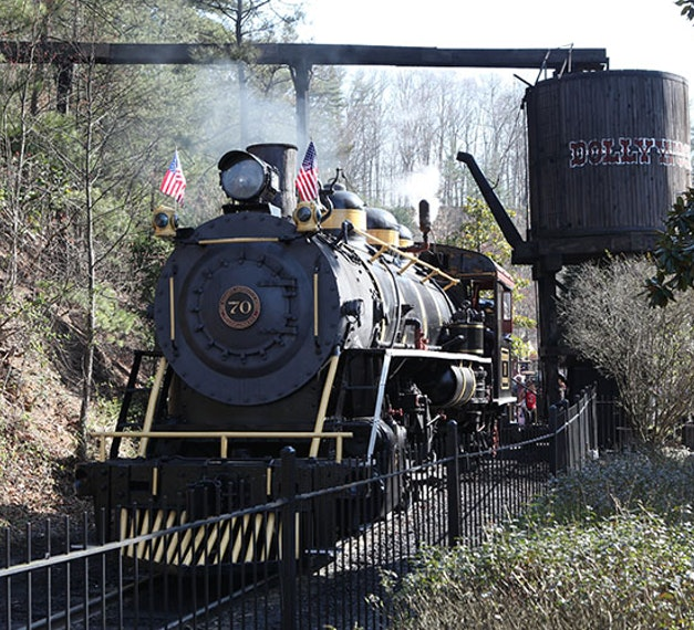 Original dollywood closeup.jpg?1522884754?ixlib=rails 0.3