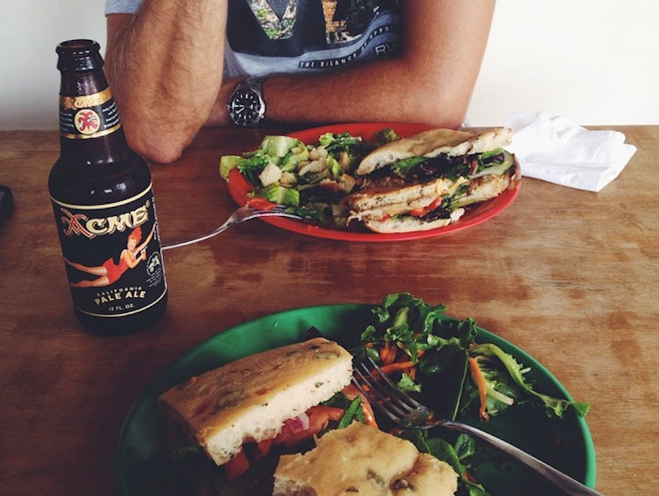 Healthy Lunches & Good Vibes Aguadilla  Puerto Rico