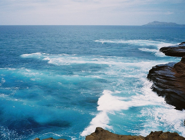 Rough waters at Spitting Caves