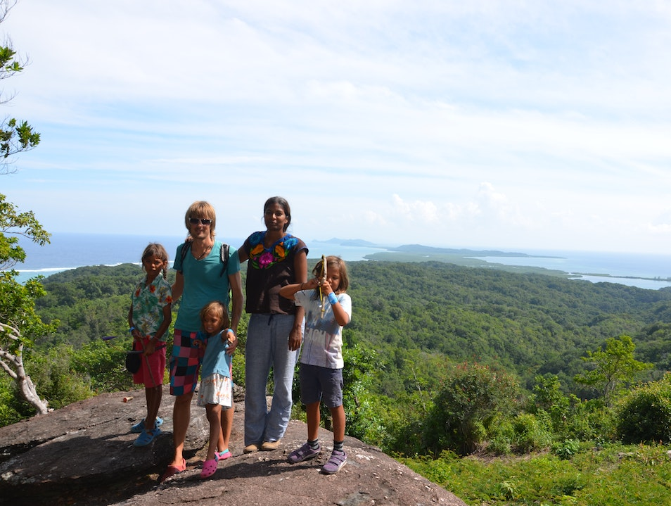 Hike to the Lookout point in the East End for views to Santa Elena and Isla Barbareta