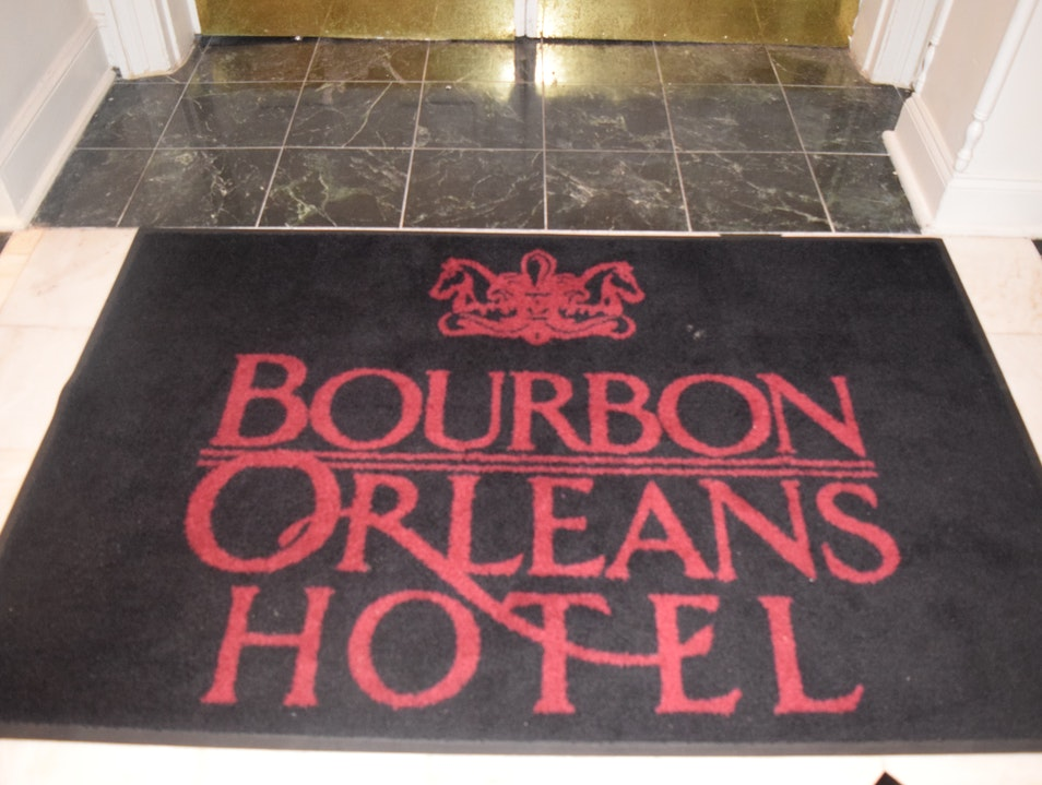 A luxurious hotel in the center of French Quarter