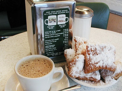 Café Du Monde New Orleans Louisiana United States