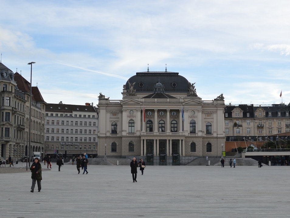 Zurich Opera House: a Neo-Baroque Gem Zurich  Switzerland