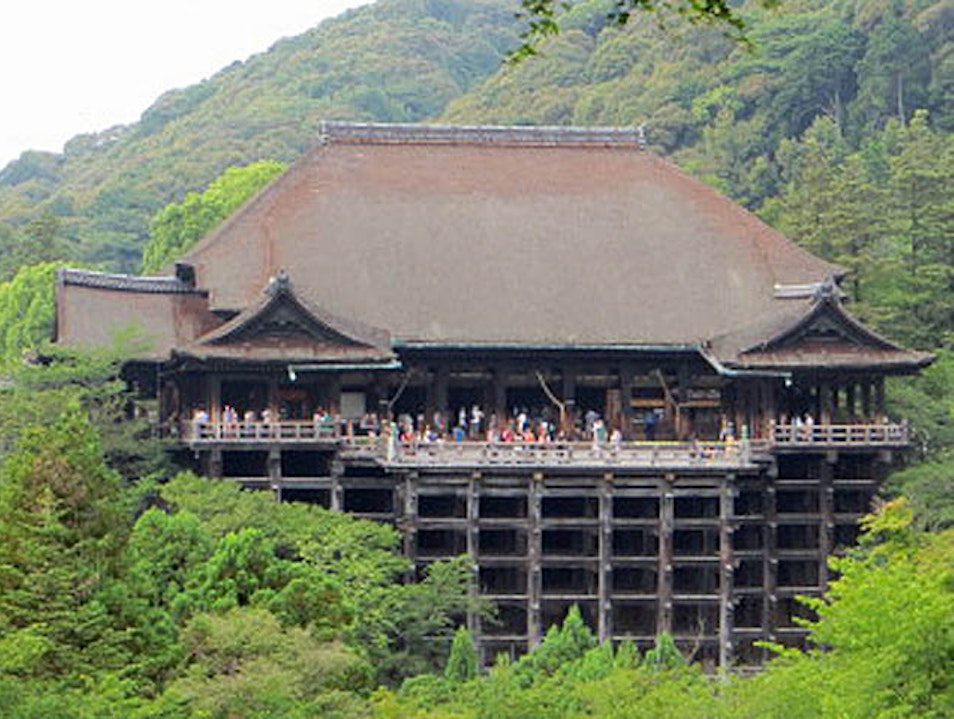 Looking for Love & Love at Kyoto's Kiyomizu-Dera Temple Yura Chō  Japan