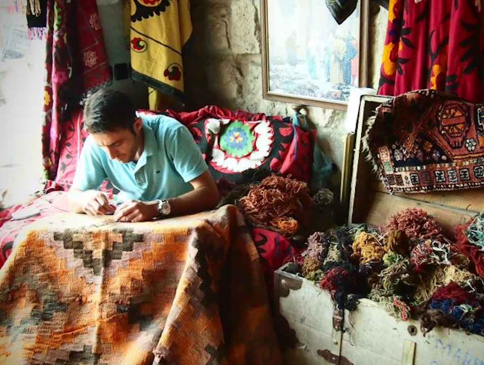 Wandering Through Sultan's Carpets--A lesson in textiles