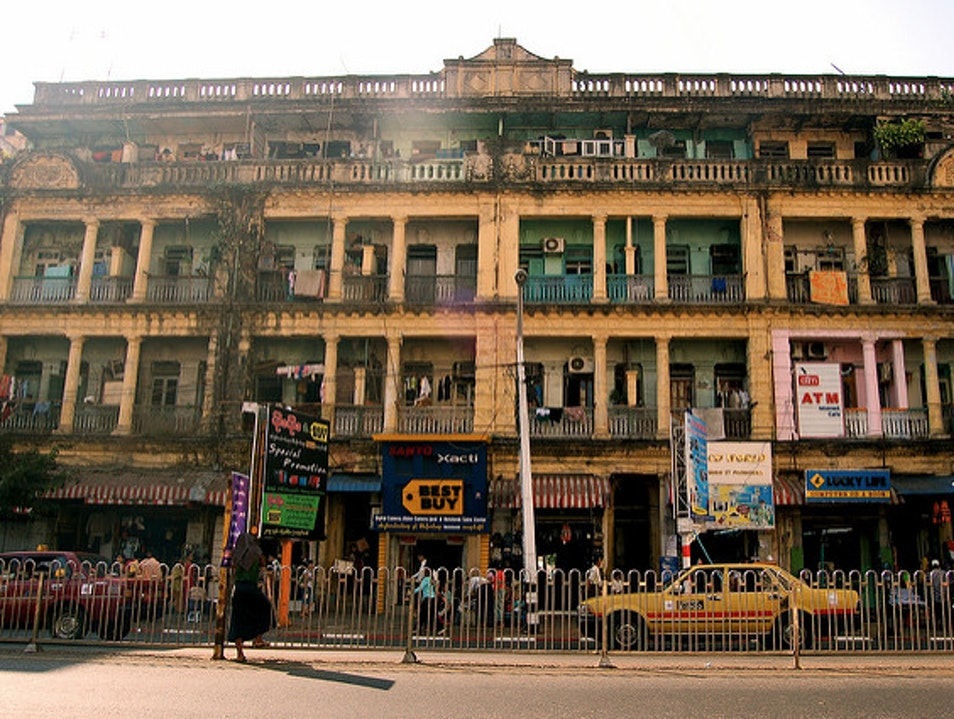 Appreciate Yangon's Colonial Architecture