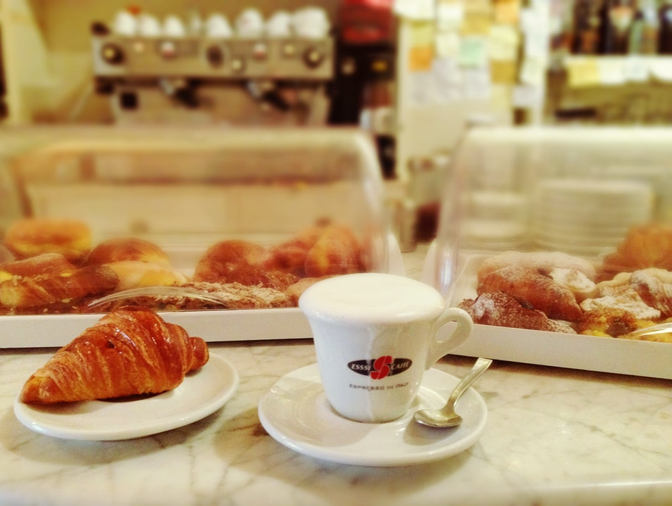 GREAT FOOD + SOCIAL EXPERIENCE Florence  Italy