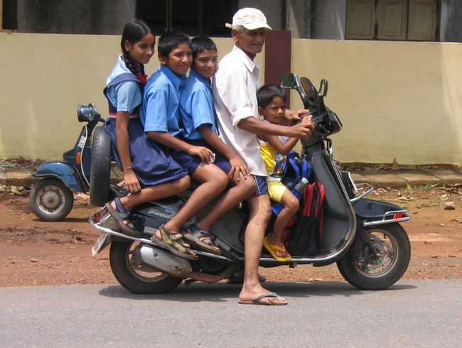 After School Car Pool in Goa