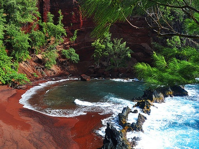Red Sand Beach Hāna Hawaii United States