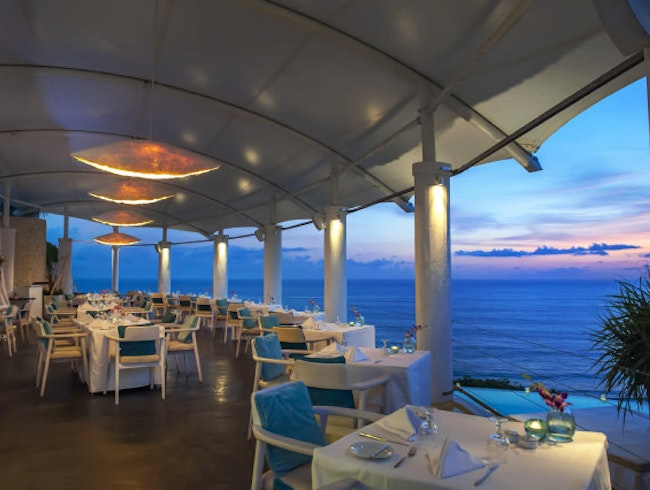 Dining at Di Mare