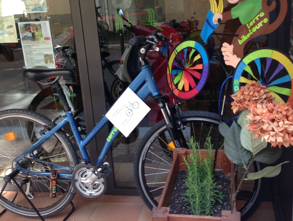 Rent or buy a second hand bike