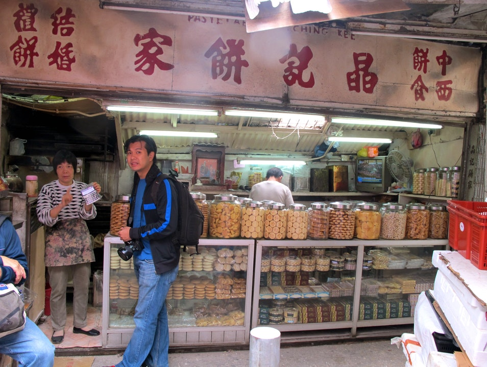 Whole range of traditional biscuits: Jing Ji Bing Jia Macau  Macau