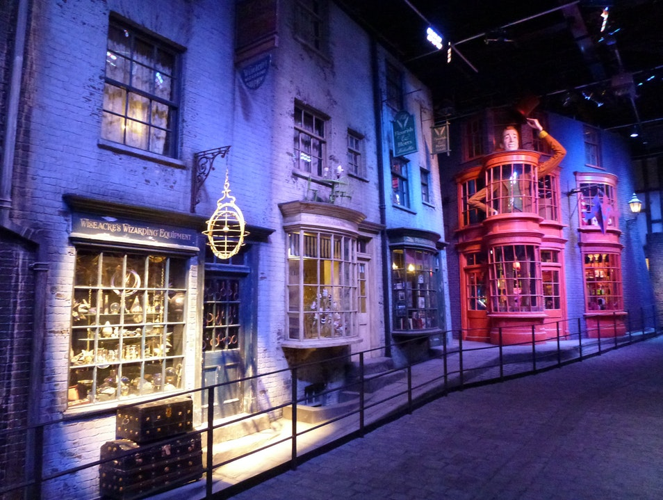 Take The Making of Harry Potter Tour