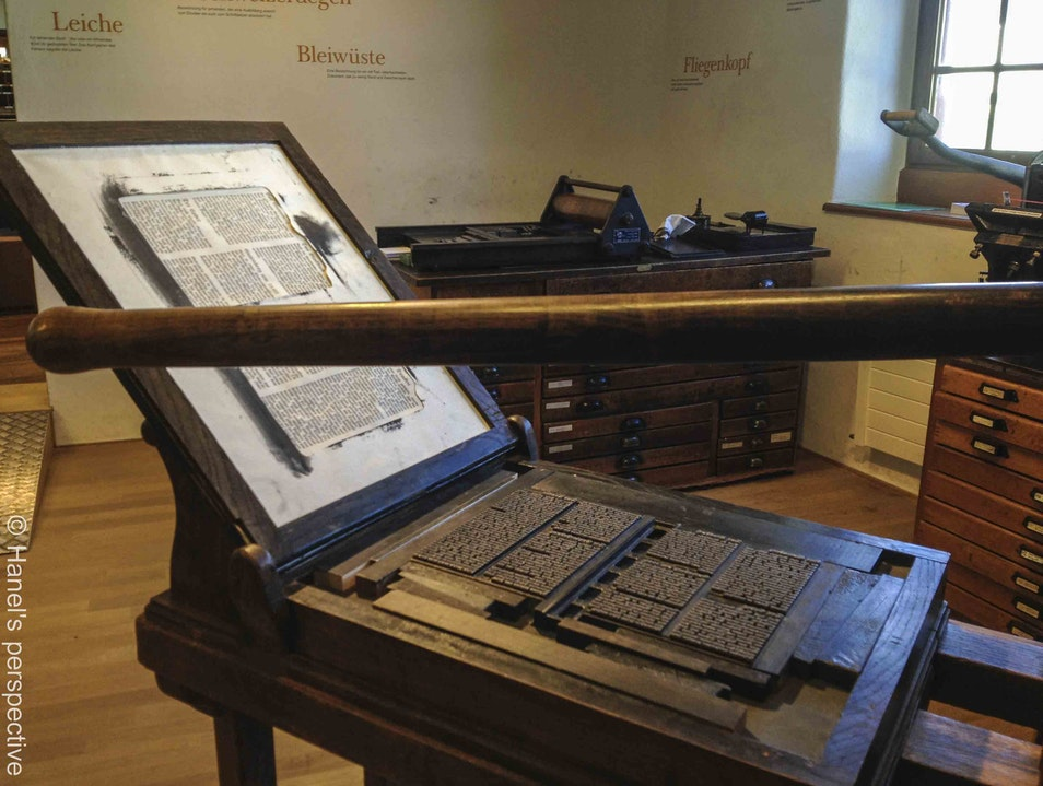 Swiss Paper Museum - all about paper: history, production, printing, book binding, paper art