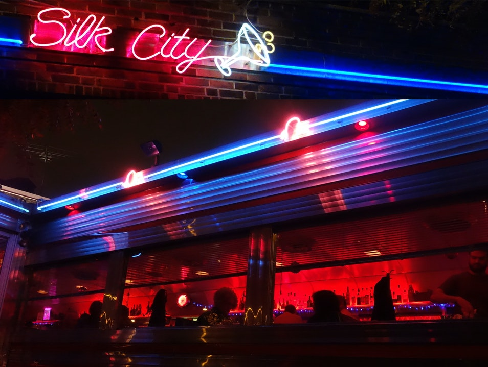 Great food, drinks and music at Silk City Diner Philadelphia Pennsylvania United States