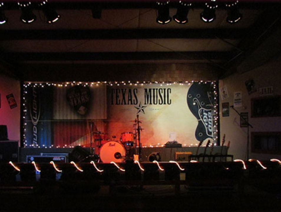 Live Music and Karaoke in East Texas