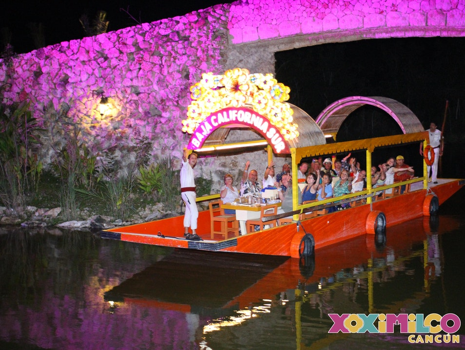 Floating Dinner Fiesta Quintana Roo  Mexico