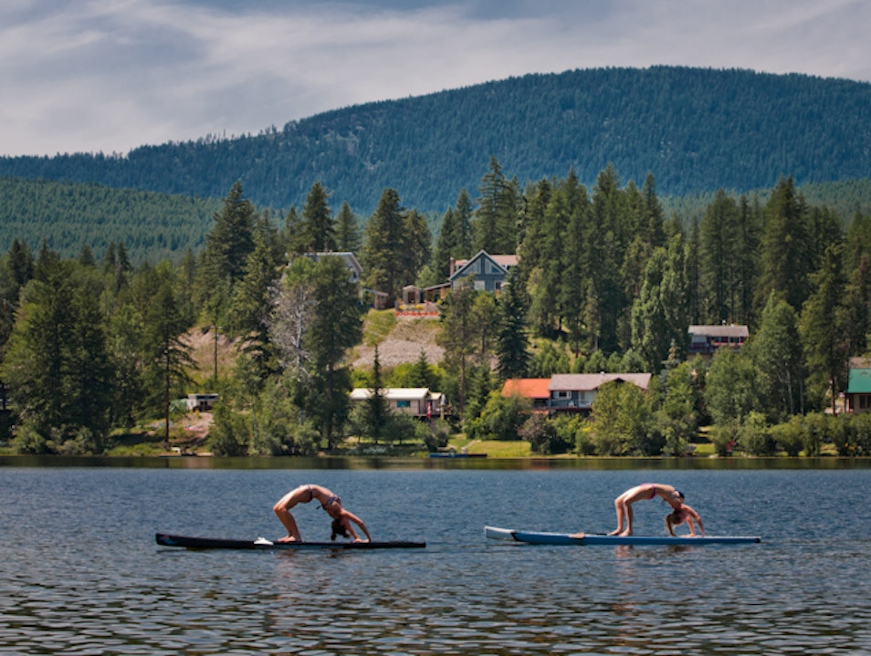 Stand-Up Paddleboarding on Jim Smith Lake Cranbrook  Canada