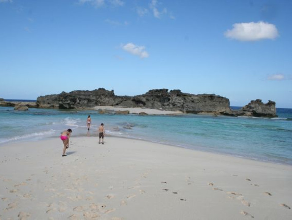 Wading out to Dragon Cay