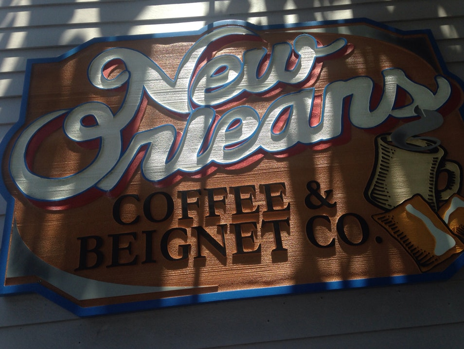 local spot in uptown nola for beignets