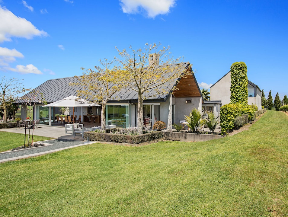 Takatu Lodge   New Zealand