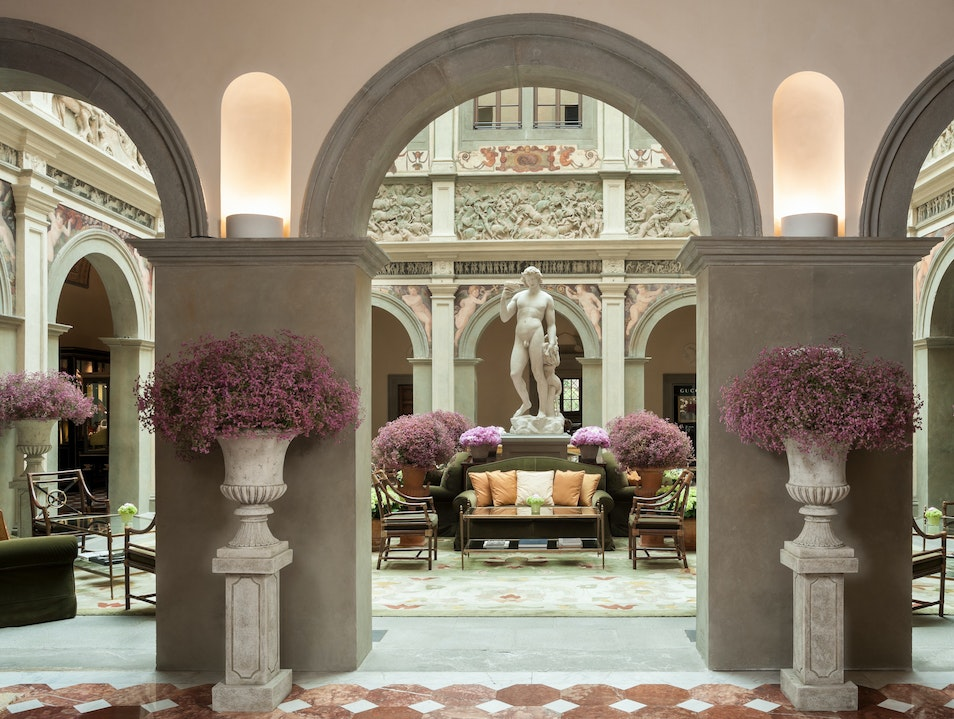 Four Seasons Hotel Firenze   Italy