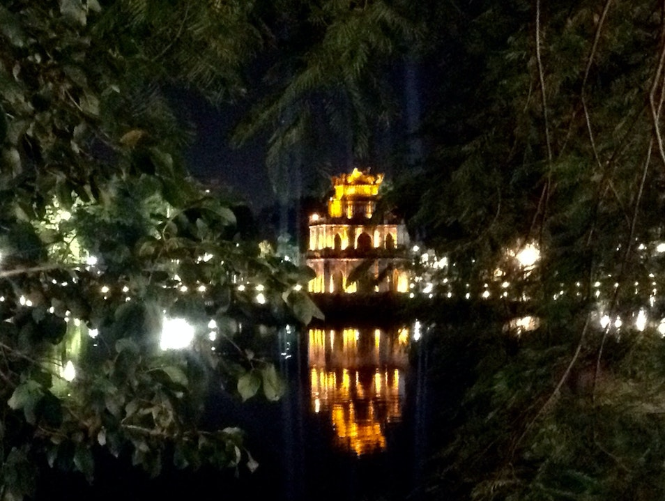 A Moment of Serenity in Chaotic Hanoi