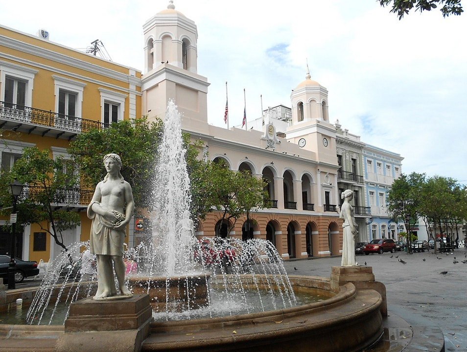 Return to the Past in the Town Squares  San Juan  Puerto Rico