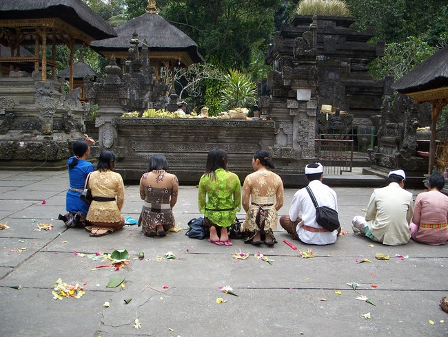 Visiting atemple in Ubud
