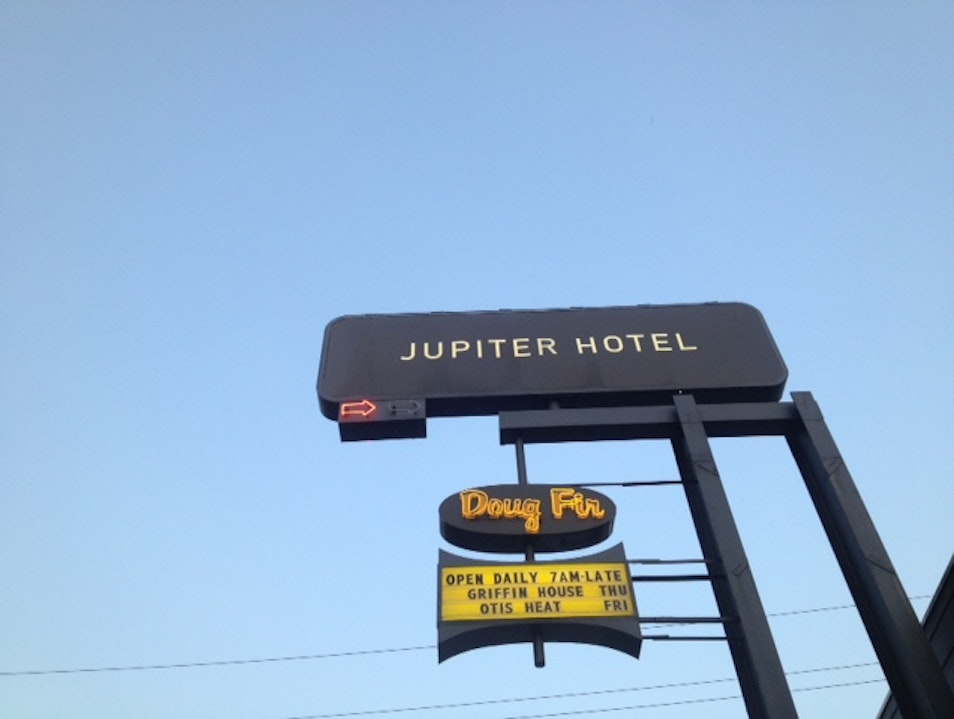Hipster Digs: The Jupiter Hotel Portland Oregon United States