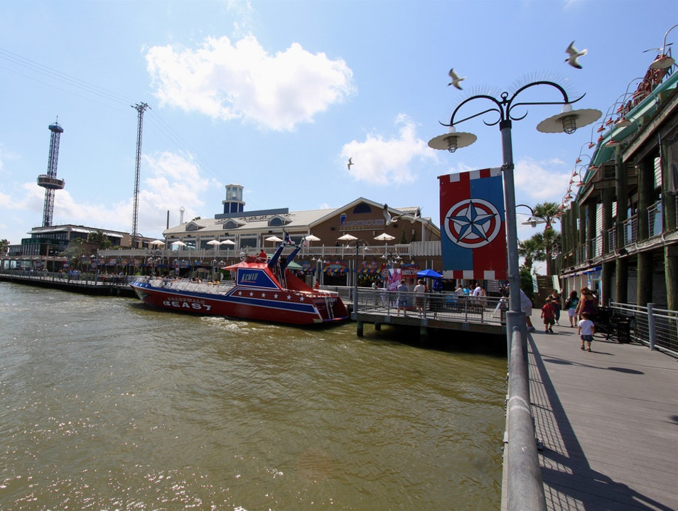 Visit the Kemah Boardwalk from Houston