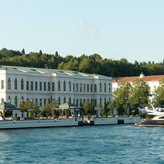 Four Seasons Hotel Istanbul at the Bosporus