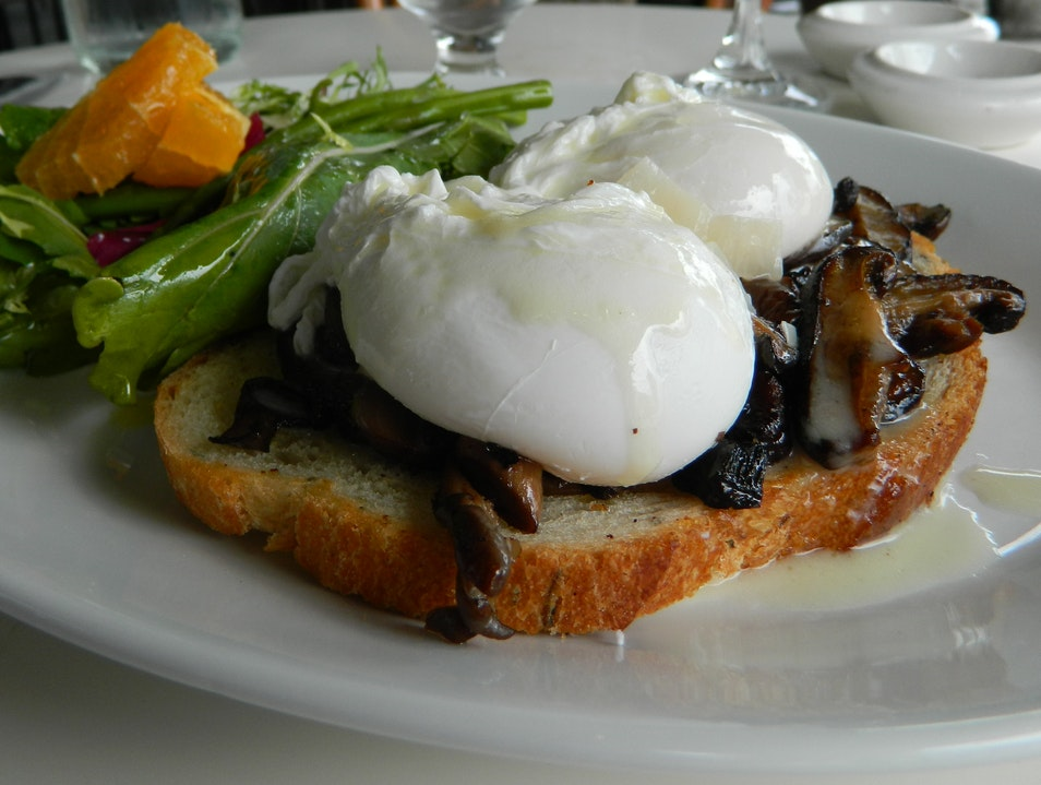 Farm-to-Table French Bistro in San Diego