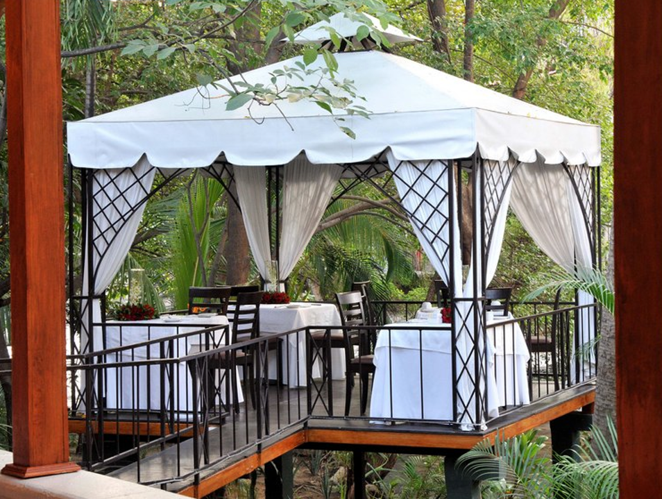 Enjoy a Romantic Dinner at River Café