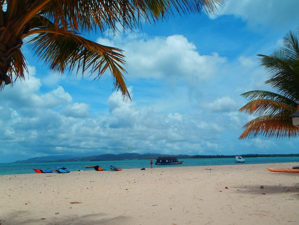 Relaxing at Pigeon Point on Tobago