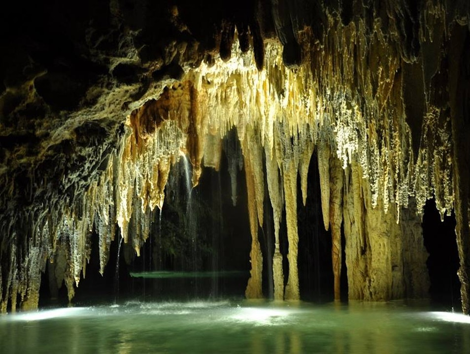 The Secret Mayan Underworld in Mexico Chacalal  Mexico