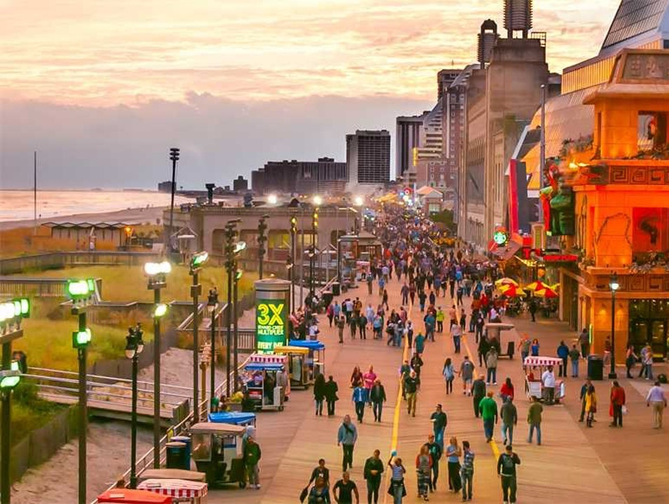 The Atlantic City Boardwalk: Do A.C. Atlantic City New Jersey United States