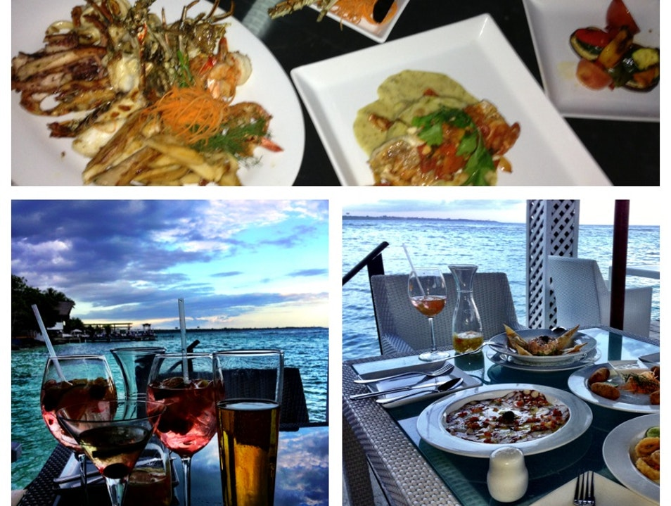 Drinks, Food, View... Neptunos Has It All