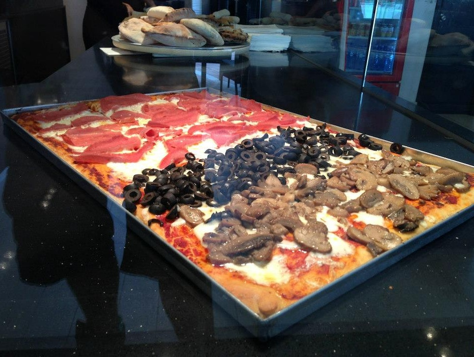 Pappa Pizza, a Neighborhood Cafe and Bakery in Panama Pacifico