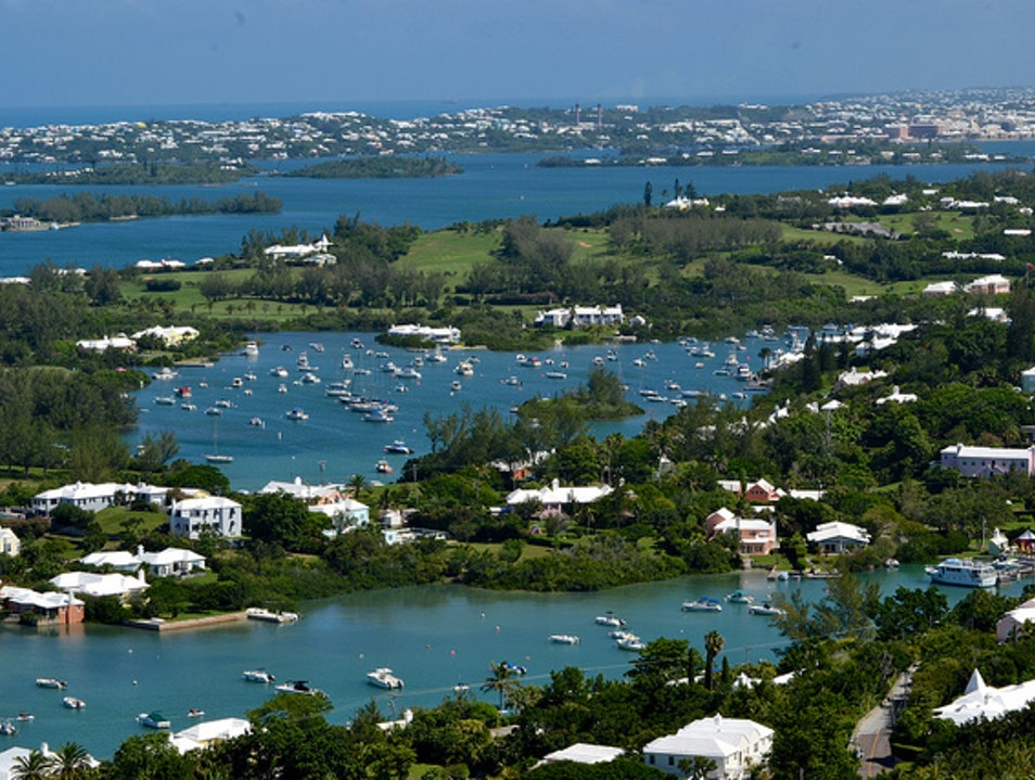 Bermuda from Above: Parasailing Adventures