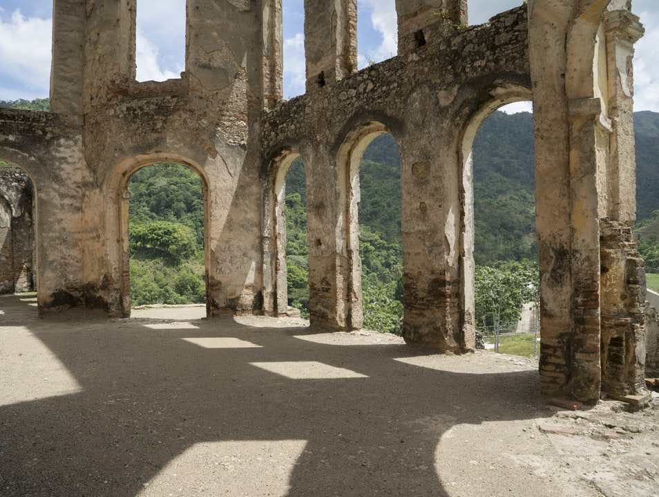 Sans Souci, Haiti's version of Neuschwanstein? Milot  Haiti