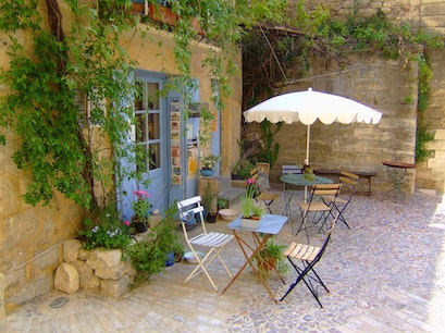 Sidewalk cafe Uzès  France