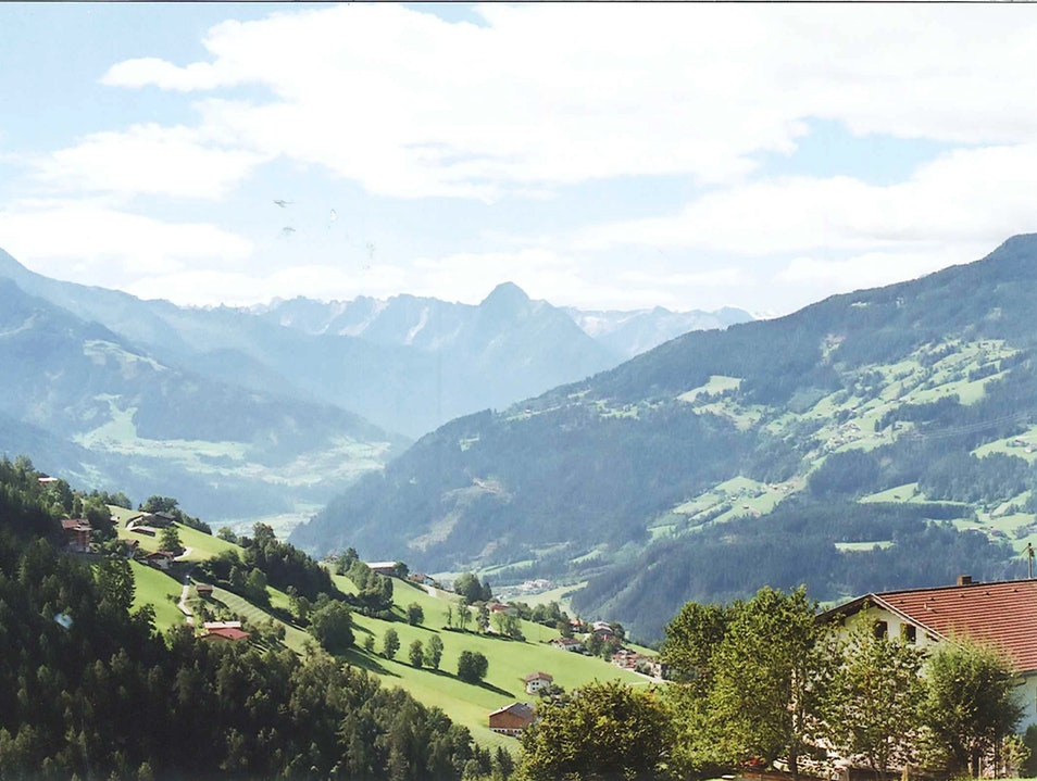 Tea, A Hike, and Revitalization in the Alps