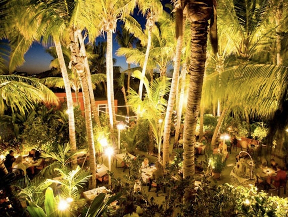 Inventive Caribbean Fare Under the Stars