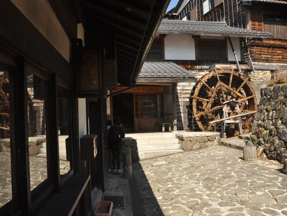 Walking the Nakasendo Way through Japanese History Shimosuwa-machi  Japan