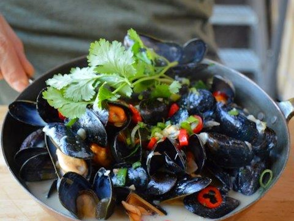 Mussels and Gin in Amsterdam