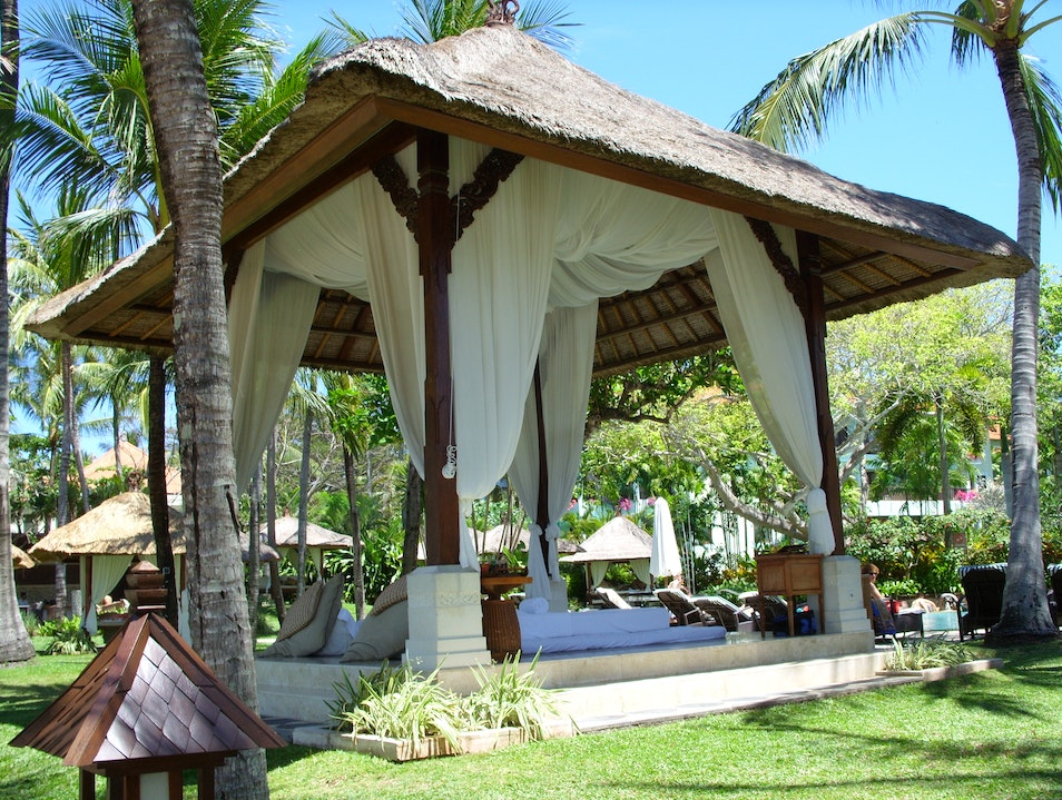 """Relaxing """"couples"""" massage, for my sister and me Kuta  Indonesia"""