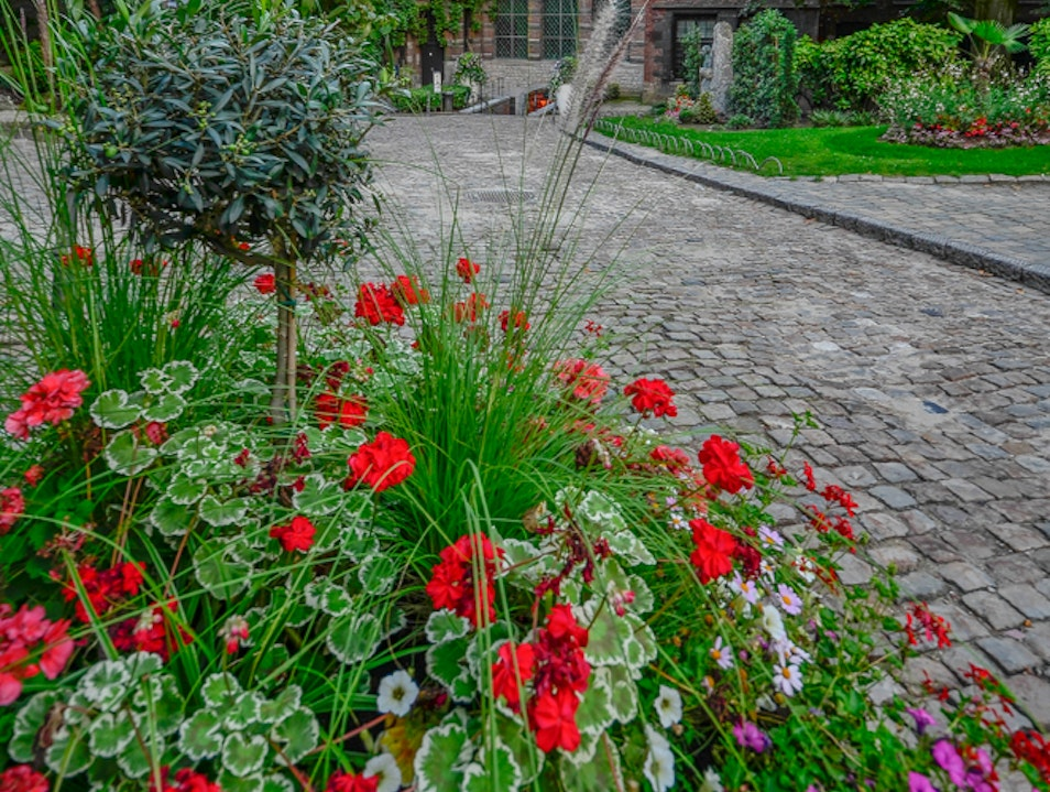 Green oasis in the center of Mons